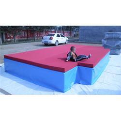背越式跳高垫子参数,华翔体育(在线咨询),潍坊背越式跳高垫子图片
