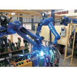 焊接机器人,华亭智能机器人,地铁配件焊接机器人图片