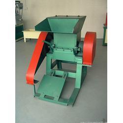 云南伟峰机械(图)、破碎机厂家、破碎机图片