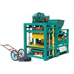 云南伟峰机械(图)、免烧砖机销售、云南昆明免烧砖机图片