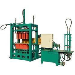 个旧免烧砖机经销商|云南伟峰机械|个旧免烧砖机图片
