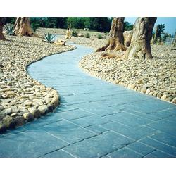 道路压花 艺术压花混凝土 彩色压膜地面 混凝土道路图片