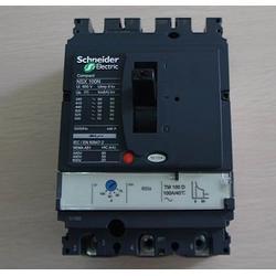 施耐德NS630N带电子脱扣器STR23SE塑壳断路器图片