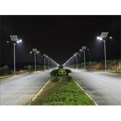 太阳能路灯 东龙新能源公司 6米太阳能路灯报价图片