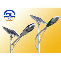 太阳能路灯生产-东龙新能源公司-广西太阳能路灯图片