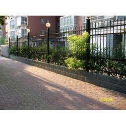 阳台护栏-公安护栏-乐辰建材承包工程图片
