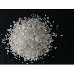 四平融雪剂-环保融雪剂-沃土化工图片