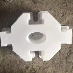 八角空心护坡模具特点-方达模具厂家供应各种护坡模具图片