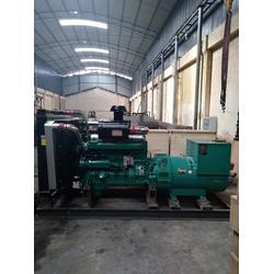 柴油发电机、云南700KW柴油发电机销售、东本机电图片