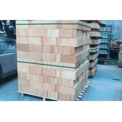 聊城耐火砖,临沂利发耐火材料,耐火砖厂图片