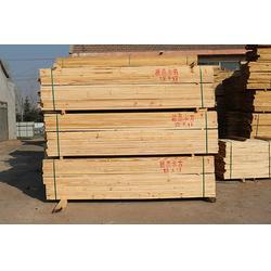 工地辐射松方木、日照福日木材、临沂辐射松方木图片