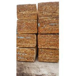 4米辐射松建筑方木-福日木材(在线咨询)开封辐射松建筑方木图片