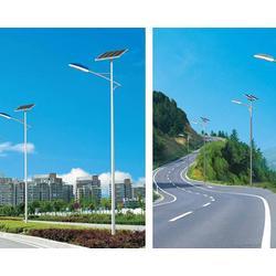 宁夏太阳能路灯-宏原户外照明公司-宁夏景区太阳能路灯图片