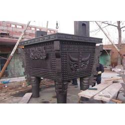 铜鼎铸造厂图片