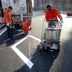 路虎交通(热熔标线涂料出口人行道公路漆300条高速施工图片