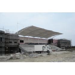 乌苏膜结构|新疆华泰景艺膜结构|体育场顶棚膜结构图片