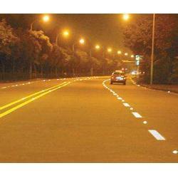 厂家直销汇胜化工反光涂料生产厂家会胜马路专用反光涂料反光性好图片