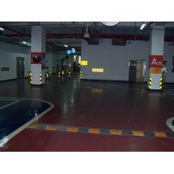 厂家汇胜化工耐黄变公路专用反光涂料附着力强图片