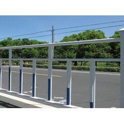 道路护栏网的用途、廊坊道路护栏网、河北宝潭护栏(查看)图片