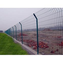 淄博双圈护栏网、双圈护栏网厂家直销、河北宝潭护栏图片