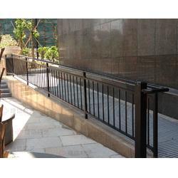 供应坡道栏杆锌钢楼梯扶手图片