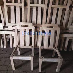 供应实木桌椅白茬实木酒店靠背椅餐饮面馆桌椅白茬饭店专用餐椅图片