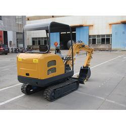 小型挖掘机_诺泰机械(在线咨询)_山东小型挖掘机厂图片
