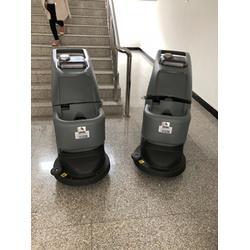 工业全自动洗地机-鑫蓝城清洁设备(在线咨询)-全自动洗地机图片