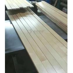 运动木地板_洛可风情运动地板_体育馆运动木地板安装图片