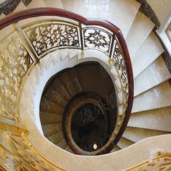 铜楼梯定做就找盈乐图片