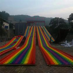 四季雪旱雪滑道设计游乐场七彩滑道设备景区大型旱滑设备图片