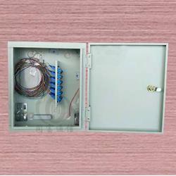 壁挂式12芯光纤分线箱图文并茂图片