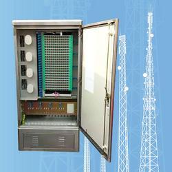 144芯不锈钢光缆交接箱 201拉丝不锈钢144芯光交箱图片