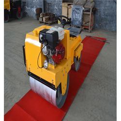 西藏小型座驾压路机-山东美卓-柴油小型座驾压路机图片