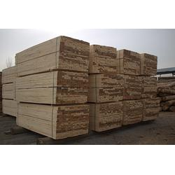 河北辐射松建筑方木_旺源木业(在线咨询)_辐射松建筑方木规格图片
