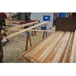旺源木业(多图),辐射松建筑木方订购,济南辐射松建筑木方图片