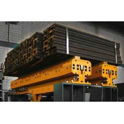 米亚斯物流设备堆垛机,进口伸缩货叉,滁州货叉图片