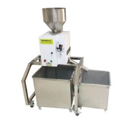 塑胶金属检测器、善安科技塑胶辅机、江苏金属检测器图片