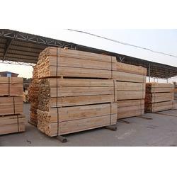 建筑方木,哪里卖铁杉建筑方木,创亿木材(优质商家)图片