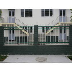 小区锌钢护栏现货-豪日丝网-小区锌钢护栏图片