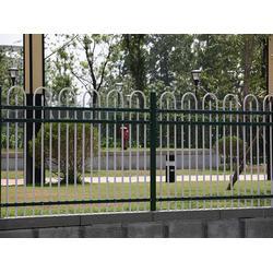 锌钢阳台护栏供应-豪日丝网(在线咨询)盐城锌钢阳台护栏图片