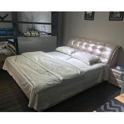 哪里有卖真皮床的_合肥金大宝床具沙发_合肥真皮床图片