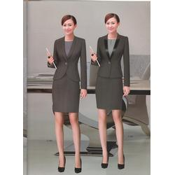 昆明定制西装一般多少钱-丽雅服饰(在线咨询)-昆明定制西装图片