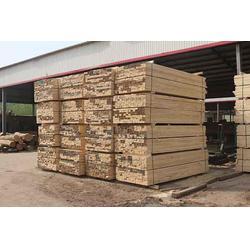 辰丰木材加工厂(图),铁杉建筑方木订购,铁杉建筑方木图片