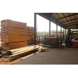 焦作辐射松木方-辐射松木方厂家-辰丰木材图片