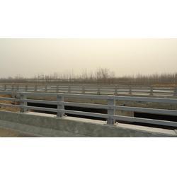 石家庄四横梁护栏,深州政通(在线咨询),桥梁四横梁护栏图片