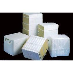 硅酸铝保温管生产商图片