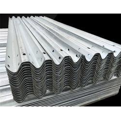 新疆波形梁钢护栏板哪家好-深州政通-波形梁钢护栏板图片