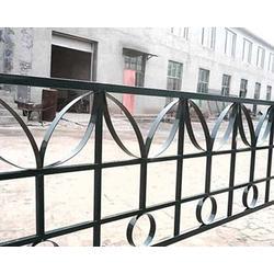 小区铁艺护栏、达美铁艺(在线咨询)、文水铁艺护栏图片