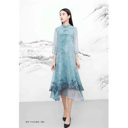 时尚品牌女装-莎奴服饰工厂直销(在线咨询)品牌女装图片
